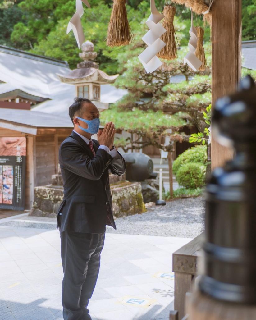 宮沢ひろゆき神社にて
